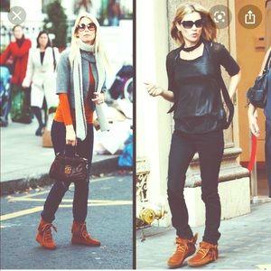 Tamper boots